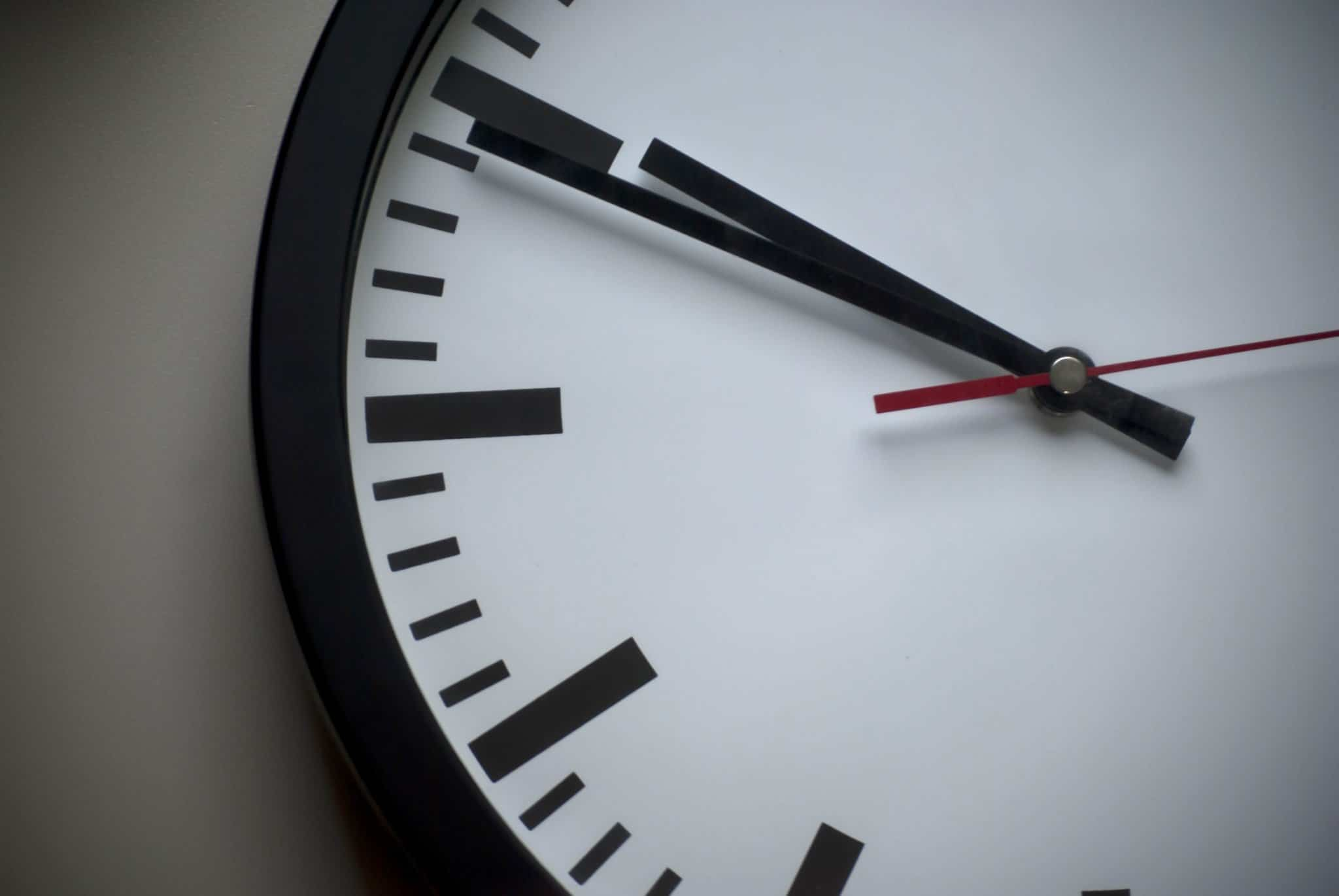 Setting the timezone on CentOS 7